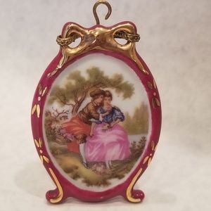 Limoges Fragonard Mini Courting Couple in Garden